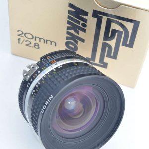 Nikon Nikkor 20mm 2.8 AIS Objektiv- Top Bildqualität - Zustand A/A+ herausragende Bildschärfe - überragende Verarbeitung - TOP
