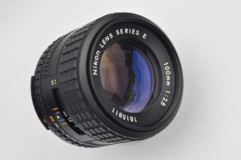 Nikon 100mm Serie E 2.8 AIS - superscharfes Portraitobjektiv