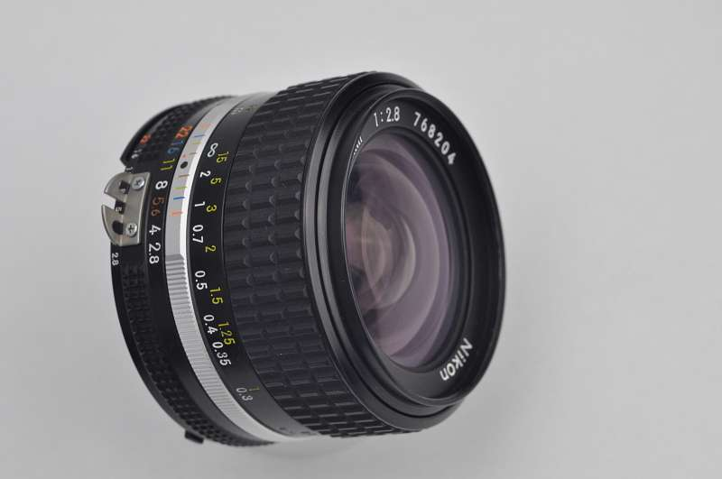 Nikon Nikkor 28mm 2.8 AIS manuell TOP Zustand A CRC-System