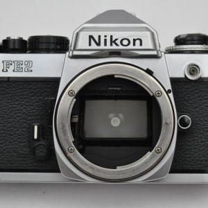 Nikon FE2 Zustand A- neu: Lichtdichtungen - Dämpfer - Okular