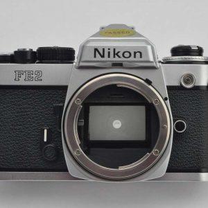 Nikon FE2 mit MF-16- Zustand A neu: Lichtdichtungen - Dämpfer - Okular