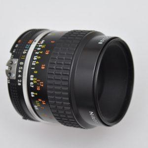 Nikon Micro Nikkor 55mm 2.8 - AIS - TOP sehr gute Schärfeleistung
