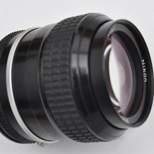 Nikon Nikkor 105mm 2.5 AI Zustand A- die Legende