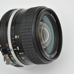 Nikon Nikkor 24mm 2.8 - AI Objektiv Zustand A TOP
