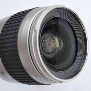 Nikon 28-80mm 3.3-5.6 G AF scharf, farbecht, keine Verzeichnungen
