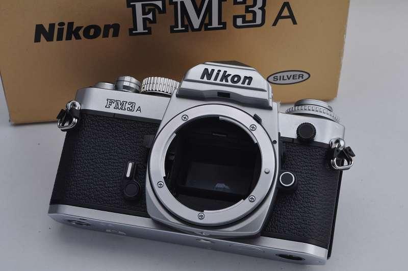 Nikon FM3A Silber Zustand A+ manueller und elektronischer Verschluss