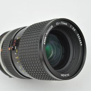 35-70mm f / 3.5 AIS TOP Zustand A erstes Profizoom von Nikon - herausragende Bildqualität - Handling sehr gut