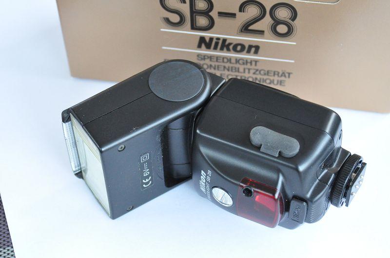 Nikon SB-28 Aufsteckblitz von 18mm - 85mm, E-TTL, TTL - Zustand A/A+ TOP