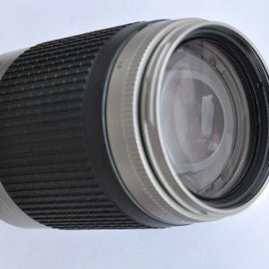Nikon Nikkor 70-300mm f/4-5.6G AF leichtes kompaktes Objektiv - Super Integrated Lens Coating - scharfe, kontrastreiche Fotos