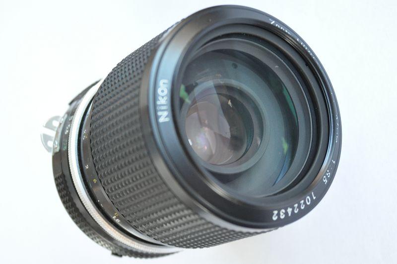Nikon Nikkor ZOOM 43-86mm 3.5 AI Objektiv mit der Seriennummer 1022432 Zustand A/A+
