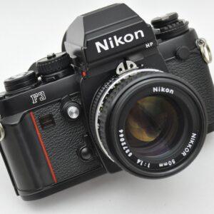 Nikon Kameraset F3HP aus den Komponenten Nikon F3HP + Nikon Nikkor 50mm 1.4 AIS - TOP - liegt perfekt in der Hand