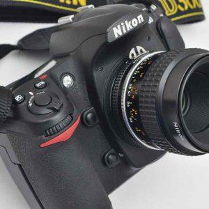 Nikon D300 Plus Set - mit 55mm Micro Nikkor AIS - Zustand A/A+ TOP - überragende Bildqualität - mit 28-80mm G Objektiv - TOP