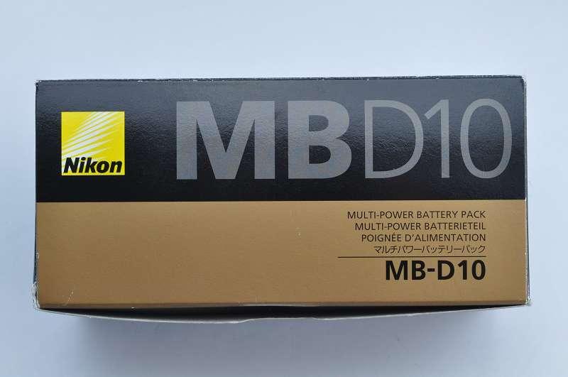 Nikon Batteriehandgriff MB-D10 im Zustand A/A+ geringste Gebrauchsspuren mit Abdeckkappe, 2. Batteriefach, Bedienungsanleitung und in OVP
