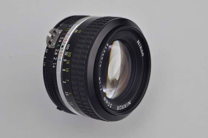 Nikon Nikkor 50mm 1.4 -AI- Zustand A/A+ herausragenden Bildqualität