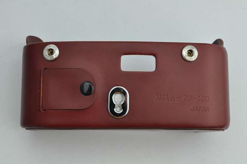 Bereitschaftstaschen Unterteil - CF-23D für Nikon F3 mit Datenrückwand - sehr guter Schutz auch ohne Oberteil - Zustand A+