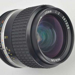 Nikon Nikkor 28mm 2.0 AIS Zustand A/A+ hervorragende Schärfeleistung