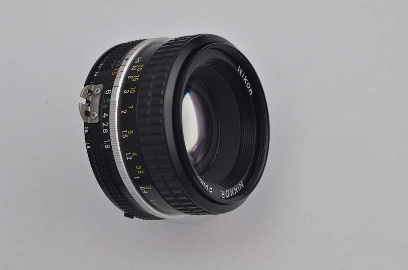 Nikon Nikkor 50mm 1.8 - AI hervorragende Bildqualität bis in die Ecken