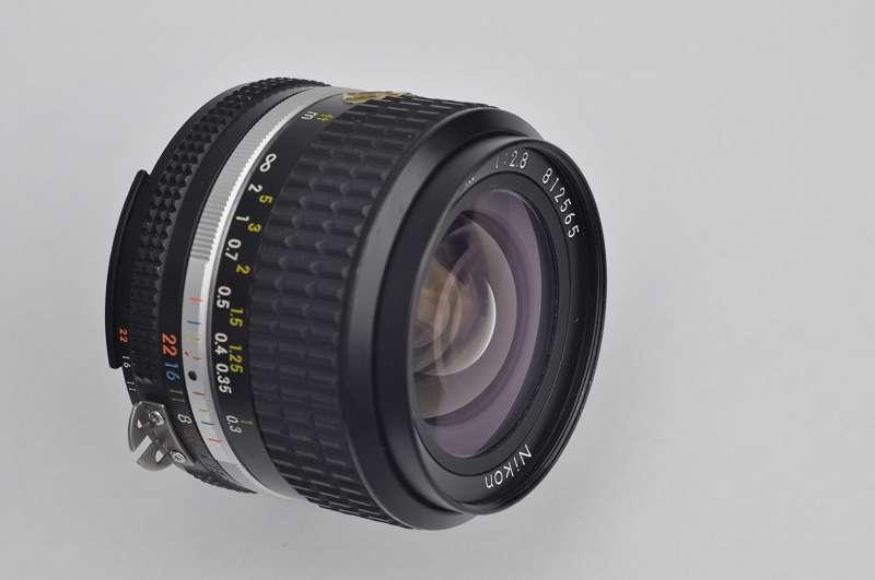 Nikon Nikkor 24mm 2.8 - AIS Zustand A keine CAs - CRC System