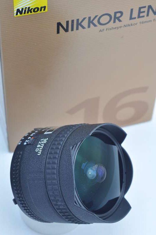 Nikon Nikkor 16 mm 2.8 D AF - Vollformat-Fischauge - mit CRC System