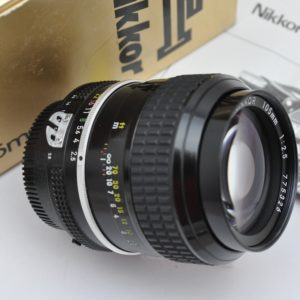 Nikon Nikkor 105mm 2.5 AI superscharf schon ab Blende 2.5 -die Legende