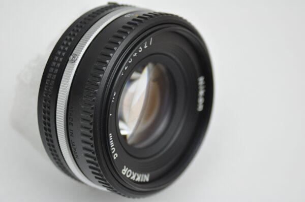Nikon 50mm 1.8 AIS Pancake - minimale Verzerrung von +0,2