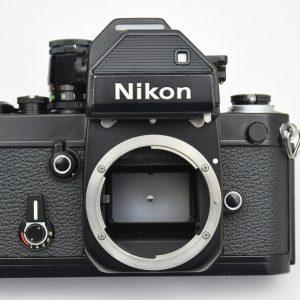 Nikon F2 Photomic wurde von 1971 bis 1980 gebaut - mit austauschbaren Suchern