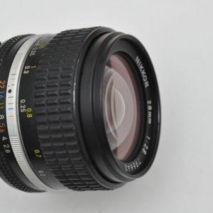 Nikon Nikkor 28mm 2.8 - AIS ist Nikons schärfstes manuelle Objektiv