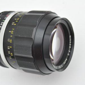 Nikon Nikkor P 105mm 2.5 - ganz aus Metall - sehr geringe CAs - etwas Vignettierung