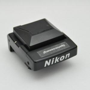 Nikon Lichtschachtsucher DW-20 für die Nikon F4 mit 5fach Sucherlupe